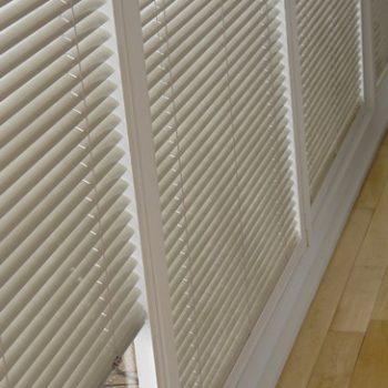 sand venetian blinds