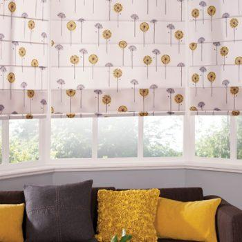 Roman PomPom blinds