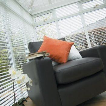 Snowberry venetian blinds